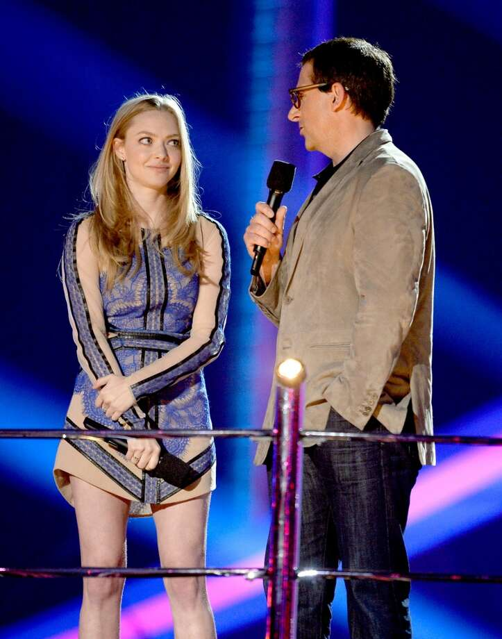 CULVER CITY, CA - APRIL 14:  Actors Amanda Seyfried and Steve Carell speak onstage during the 2013 MTV Movie Awards at Sony Pictures Studios on April 14, 2013 in Culver City, California.  (Photo by Kevork Djansezian/Getty Images)