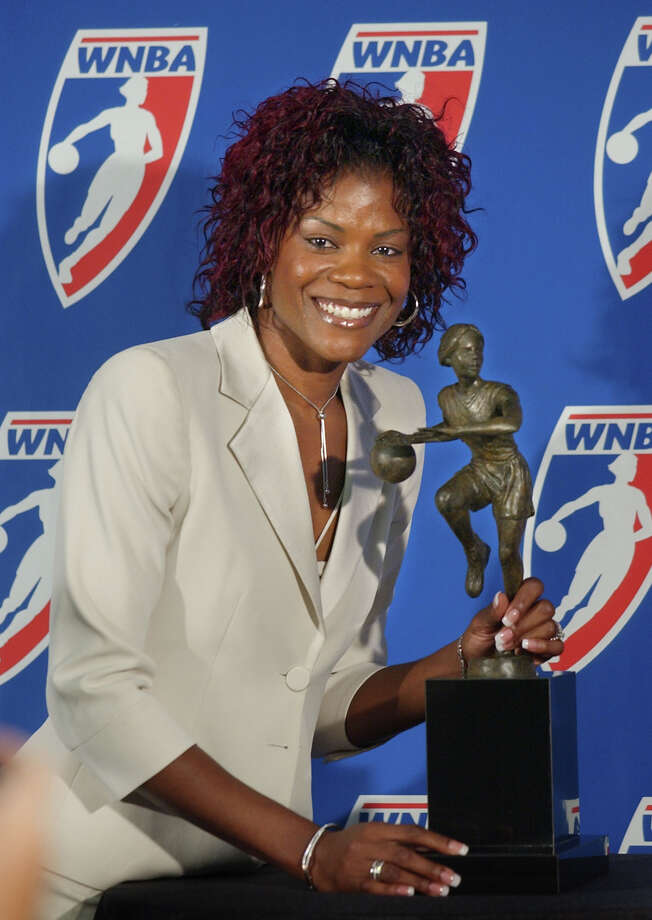 The first superstar of women's basketball filed for bankruptcy in 2004. She lost almost $1 million in bad investments. Photo: STEVE YEATER, AP / AP