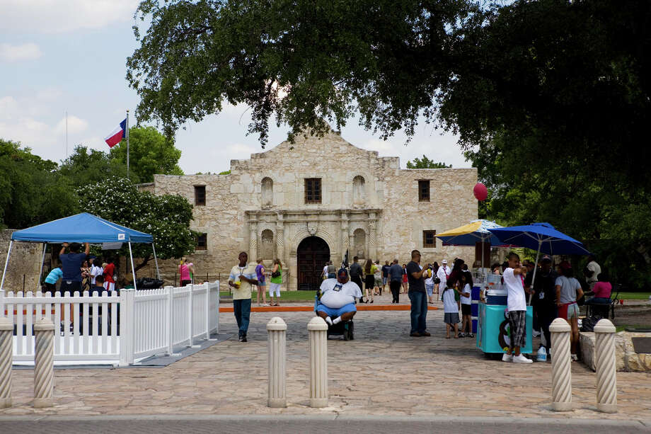 Readers weigh in on the proposals for Alamo Plaza and HemisFair Park, saying that the city should retain the Old World charm of San Antonio. Photo: Gary L. Foreman, Courtesy