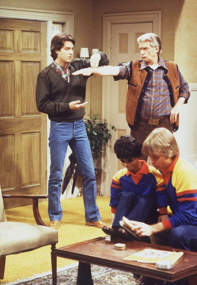 Episode 61 - Season Three - 1/17/80 Danny (Ted Wass, left) and Chuck/Bob (Jay Johnson, right) agreed to help Burt (Richard Mulligan) win a spot in the Guiness Book of Records.