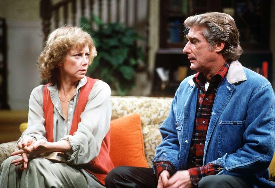 Episode 28 - Season Two - 9/28/78 Burt (Richard Mulilgan) and Mary (Cathryn Damon) adjust to life with Elaine.