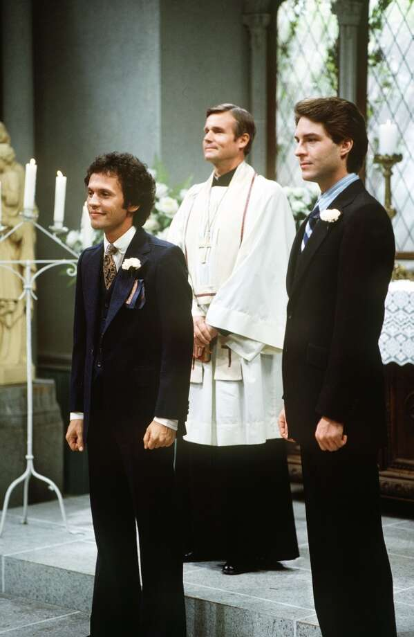 Episode 37 - Season Two - 12/14/78 Jodie (Billy Crystal) got married. Ted Wass (Danny) also starred. (ABC/DENIS PLEHN)