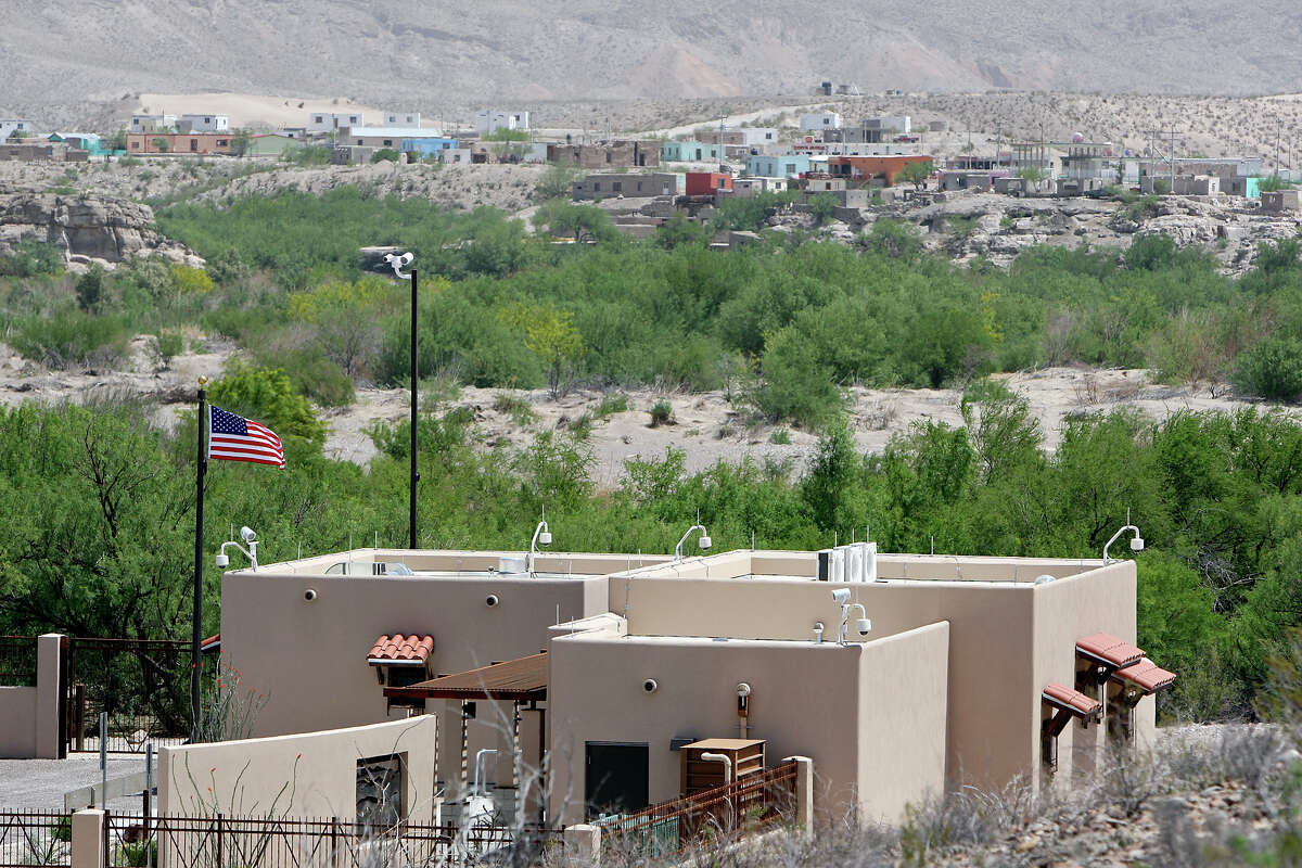 The Boquillas Crossing Port of Entry building in the U.S., foreground, and Boquillas del Carmen in the distance.