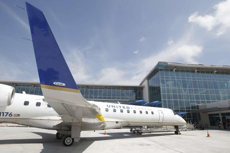 A United Express jet at Terminal B's renovated south concourse