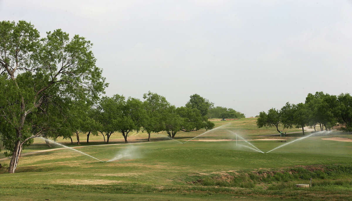 Mission Del Lago Golf Course - Recommend by 80 percent of users 1250 Mission Grande Holes: 18 Par: 72 Length: 7,004 yards