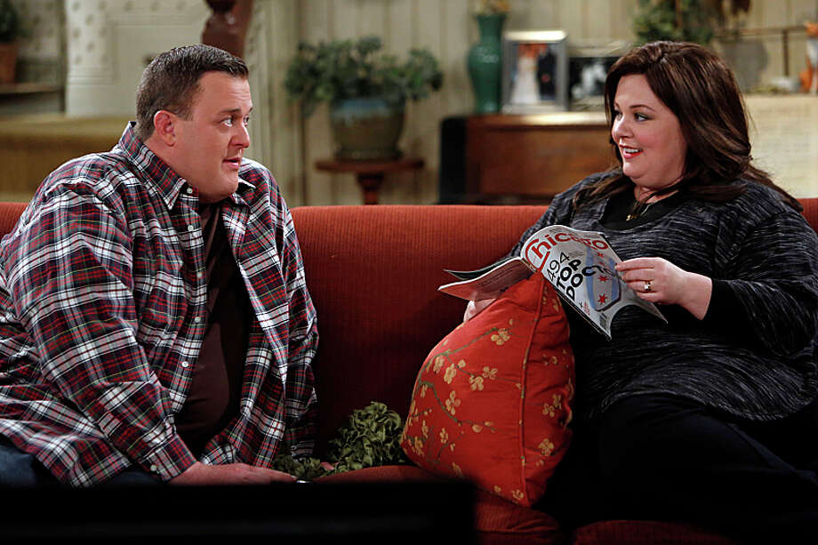 MIKE & MOLLY: A tornado descends on Chicago in the season finale. 8:30 p.m. Monday, May 20 on CBS Photo: Cliff Lipson / �©2013 CBS Broadcasting, Inc. All Rights Reserved.