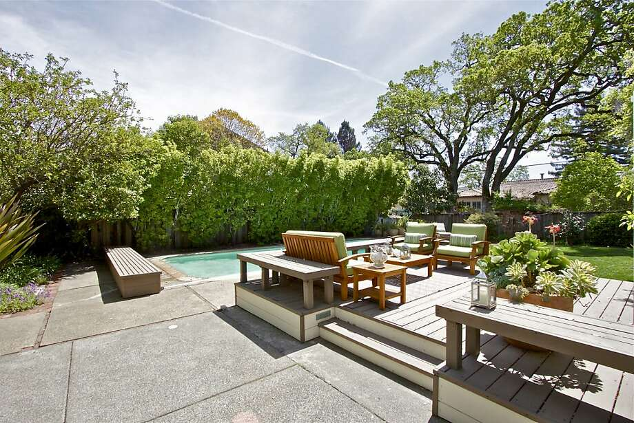 17 Acacia Ave., $1.889 million Photo: Karin Larson Photography
