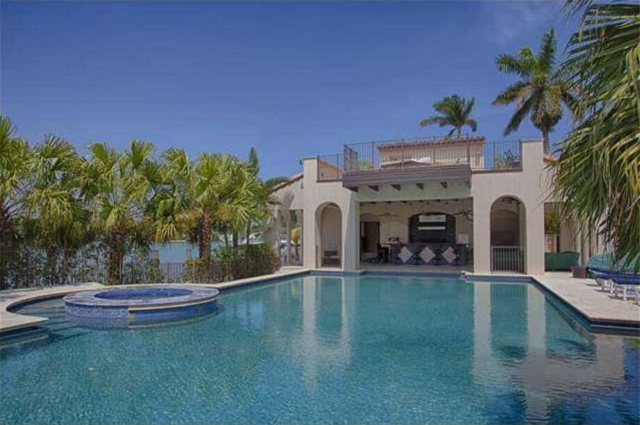 Matt Damon is reportedly selling his 12,000-square foot mansion on Miami Beach. Photo: The Jills Photo: The Jills