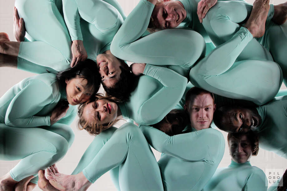 "Pilobolus ""All is not Lost"" (Courtesy the artists)"