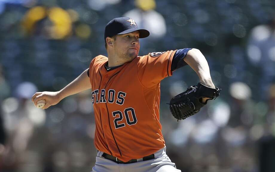 Bud Norris of the Astros throws a pitch during the first inning. Photo: Jeff Chiu, Associated Press