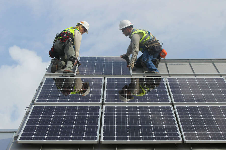 CPS Energy's SunCredit program is drawing fire from local solar panel installers. They are upset at the reduced rate the energy company is offering in exchange for solar energy. Photo: Express-News File Photo