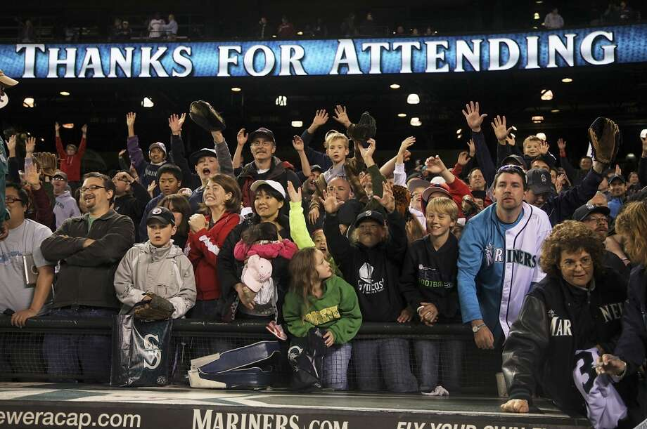 The smallest crowds in Safeco Field historyAlready in 2013, the Mariners have drawn four of the 10 smallest crowds in Safeco Field history, and the three smallest. It's a dubious achievement. Attendance just keeps plummeting. And remember, the official attendance numbers include season-ticket holders who may not have shown up.  Click through the gallery to see the 14 smallest crowds in Safeco Field history -- plus a little extra attendance history from the Mariners' heydays.