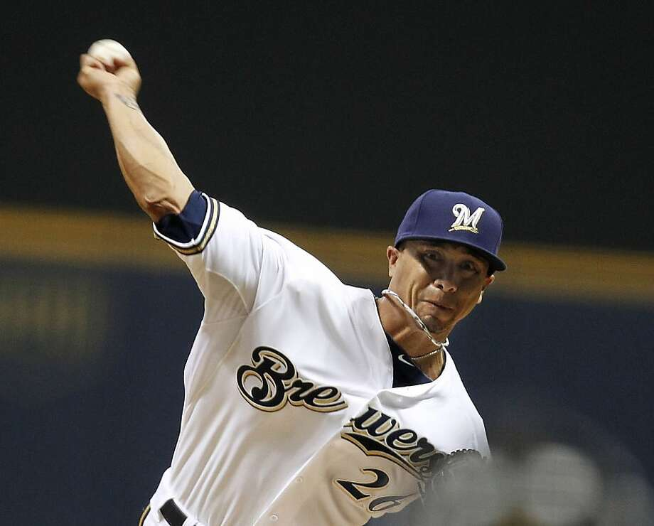 Milwaukee Brewers Kyle Lohse (26) pitches against the San Francisco Giants at Miller Park in Milwaukee, Wisconsin, Wednesday, April 17, 2013. (Rick Wood/Milwaukee Journal Sentinel/MCT) Photo: Rick Wood, McClatchy-Tribune News Service