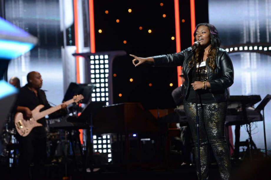 AMERICAN IDOL: Hollywood Round: Candice Glover performs on Thursday, Feb. 14 (8:00-9:00 PM ET/PT). ©2013 Fox Broadcasting Co. CR: Michael Becker / FOX.