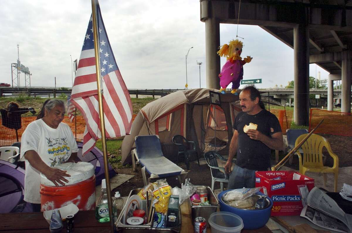 Parade camping: About midweek you'll start to see families claim patches of public land along the parade route. On city streets, you'll see folding chairs fastened around lamp posts to claim prime corners.