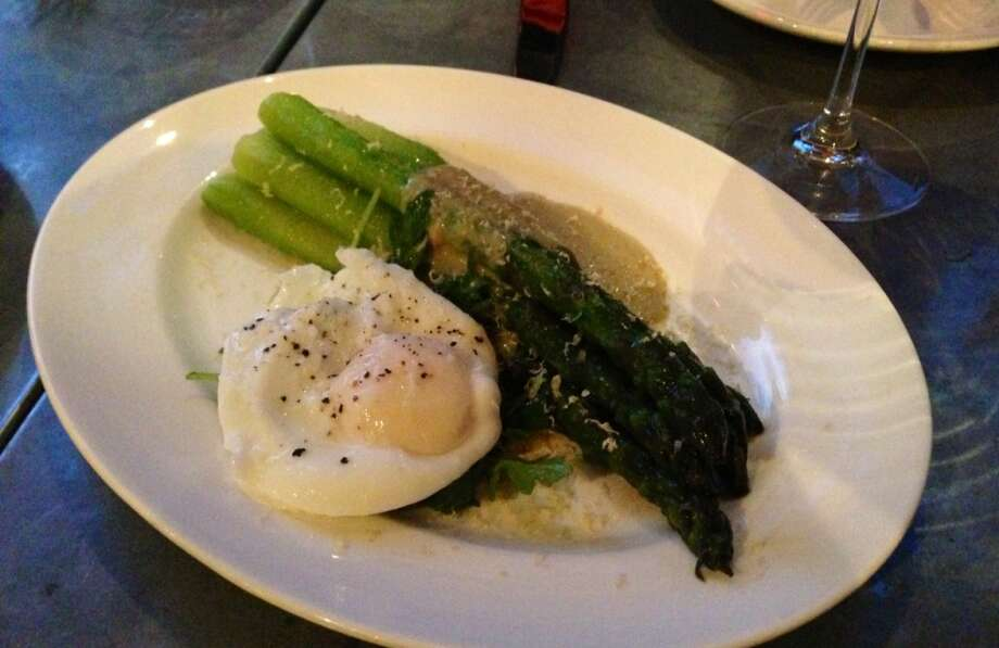 Chilled asparagus ($12)  with tonnato sauce and herring botarga
