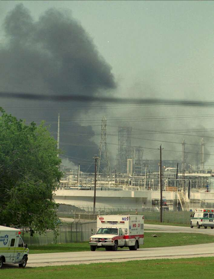 March 29, 2000: Explosion and fire at Phillips Petroleum Co. chemical plant in Pasadena leaves one dead, 71 injured. Photo: TIM JOHNSON, Associated Press / AP
