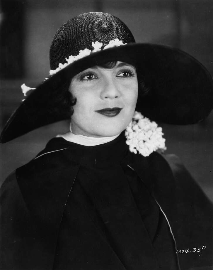 American actress Lois Wilson in 1926 as she appears in the silent film version of 'The Great Gatsby', based on the novel by F Scott Fitzgerald. Photo: Hulton Archive, Getty Images / Hulton Archive
