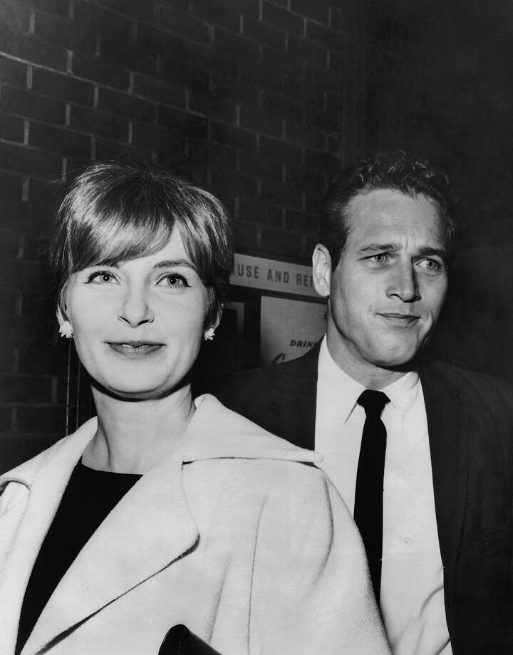 Actors Joanne Woodward And Paul Newman, Husband And Wife In Real Life, Attending The Premiere Of The Film To Kill A Mockingbird, Starring Gregory Peck, In Hollywood, 1962. Photo: Keystone-France, Getty Images / 1962 Keystone-France