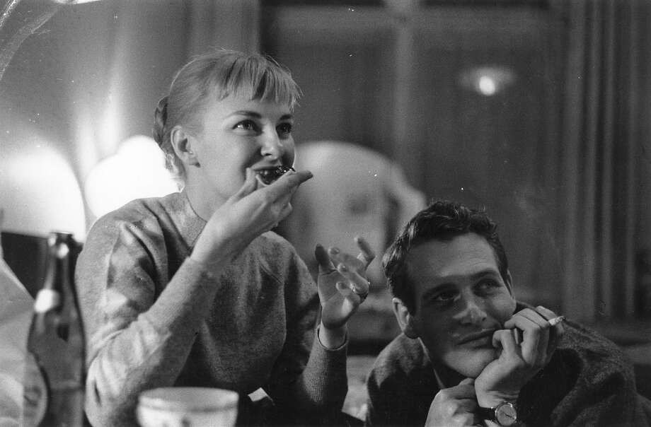 3rd February 1958:  American actor Paul Newman with his wife, actress Joanne Woodward. Photo: Alan Meek, Getty Images / Hulton Archive