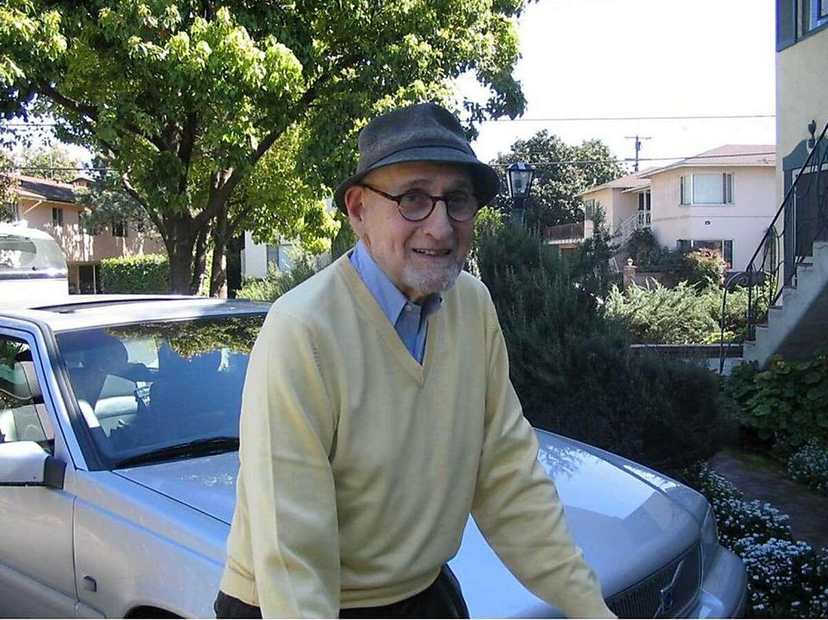 Ira Sandperl outside his Menlo Park apartment in 2006