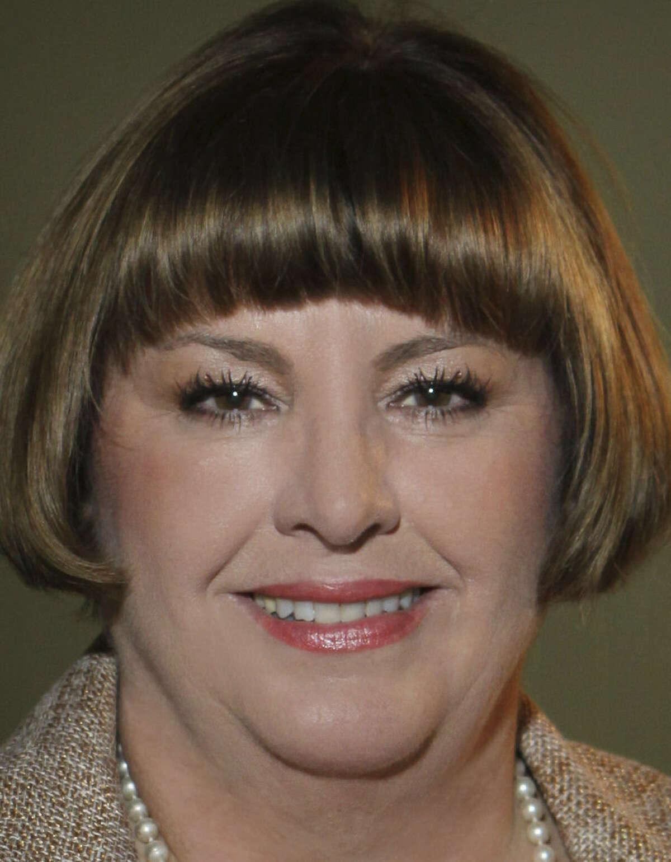 Conservation Society President Nancy Avellar says Alamo Plaza buildings should remain.