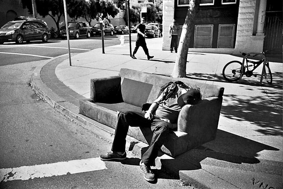 Couch Surfer Photo: Doctor Popular