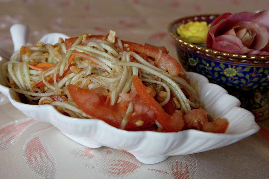 Bangkok Cuisine Thai Restaurant: 8214 Pat Booker Road, Universal City, 210-599-8884,