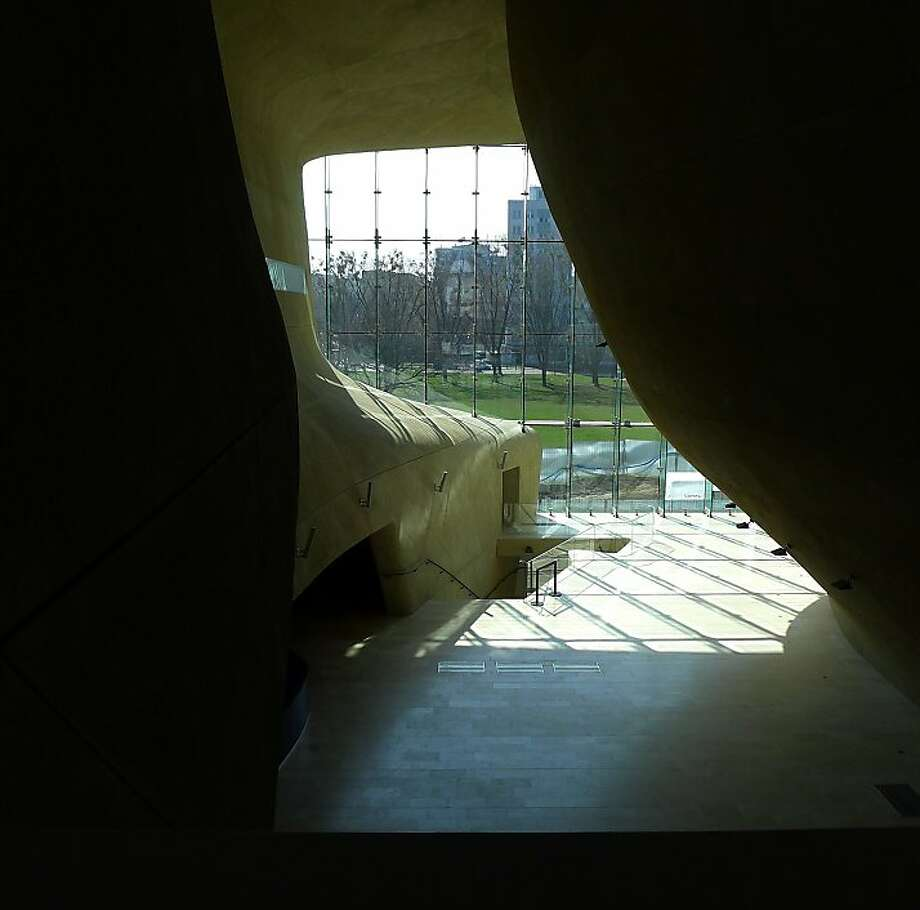 The dramatic foyer at Warsaw's new Museum of the History of Polish Jews symbolizes the rupture in Jewish history caused by the Holocaust. (Roy Gutman/MCT) Photo: Roy Gutman, McClatchy-Tribune News Service