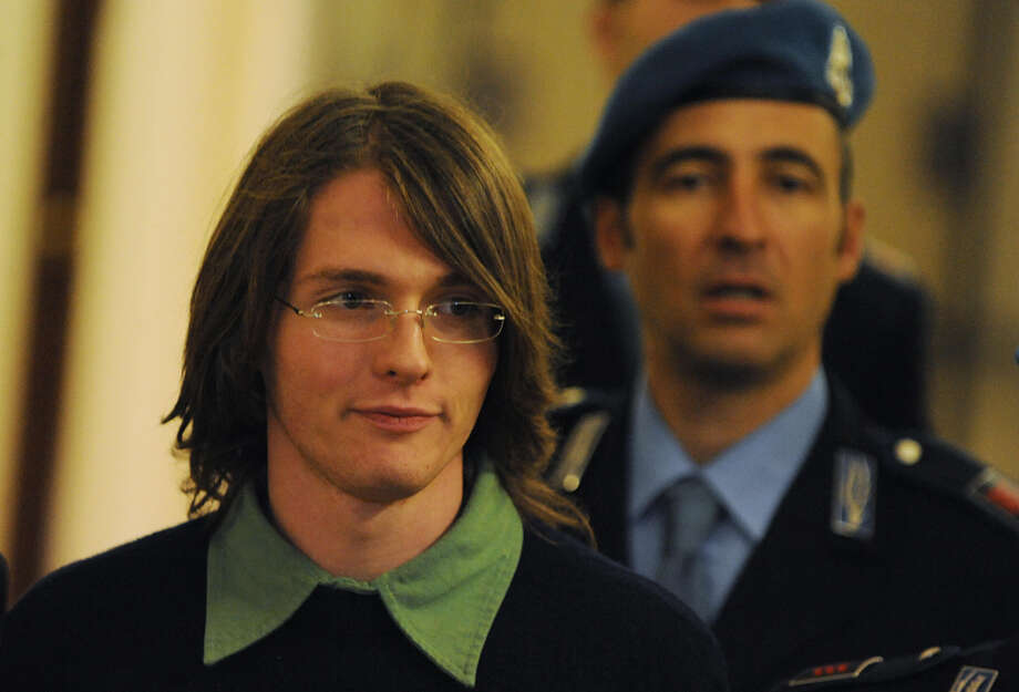 Raffaele Sollecito, leaves a court hearing in Perugia on Sept. 27, 2008. (Tiziana Fabi/AFP/Getty Images) Photo: AFP/Getty Images / AFP
