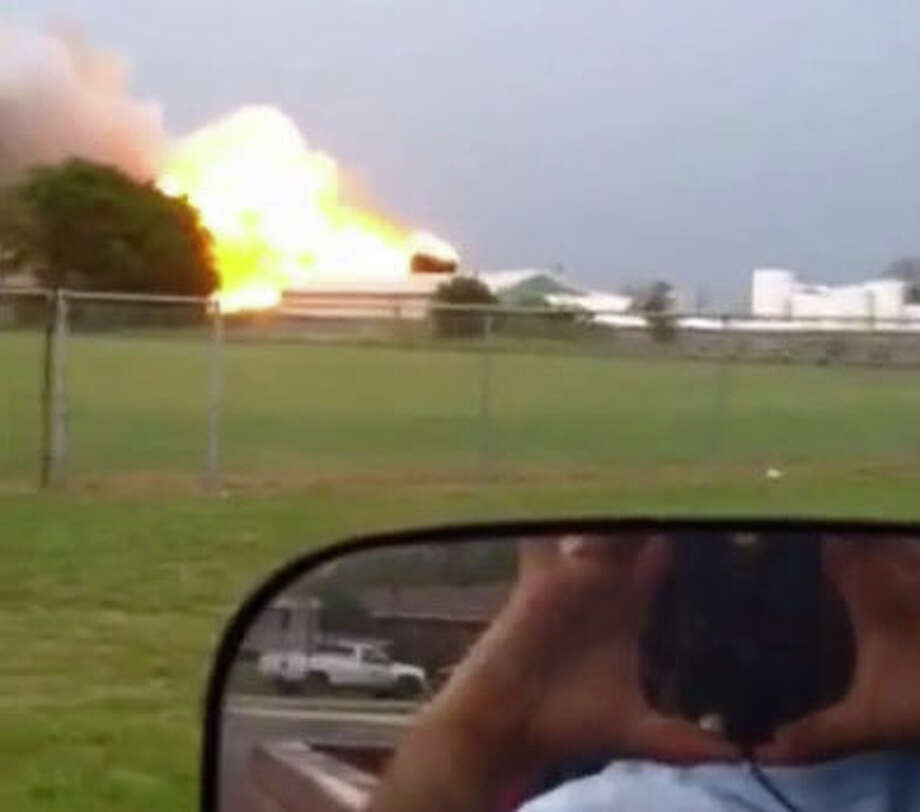 Derrick Hurtt 's video of the fertilizer explosion.