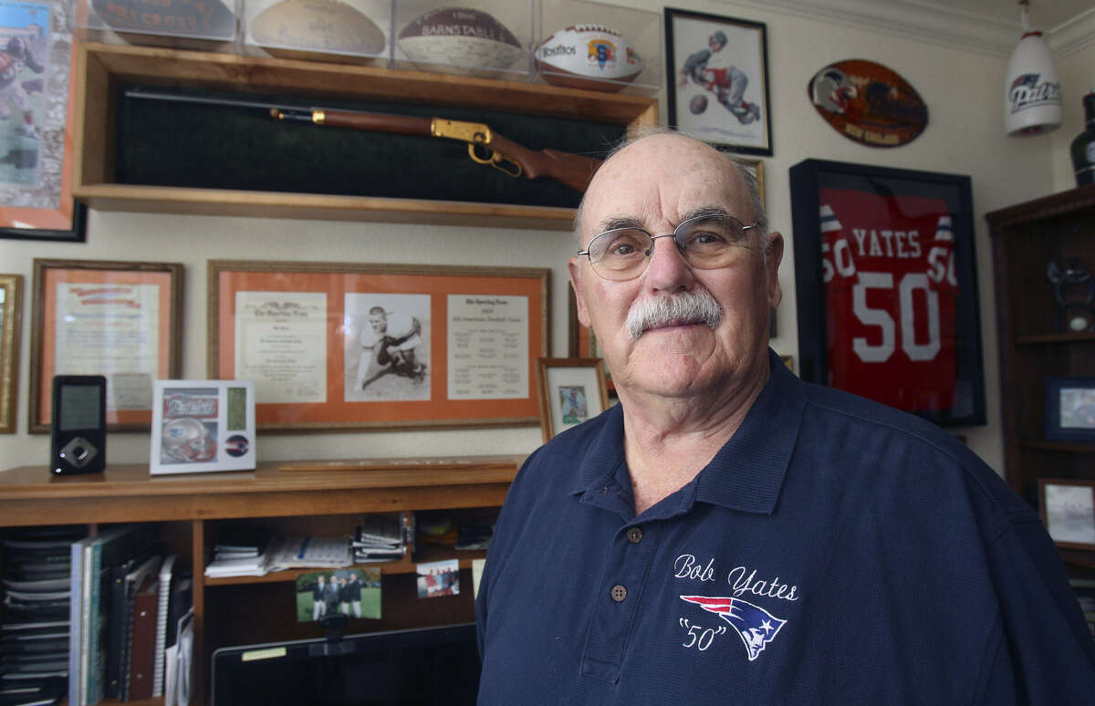 Bob Yates Jr. died Tuesday at his Spring Branch home. The longtime coach and teacher had a stroke March 11.