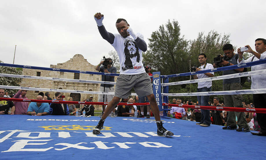 "Fans of Austin Trout will be greatly outnumbered at Saturday's bout against Saul ""Canelo"" Alvarez at the Alamodome. Photo: Tom Reel / San Antonio Express-News"