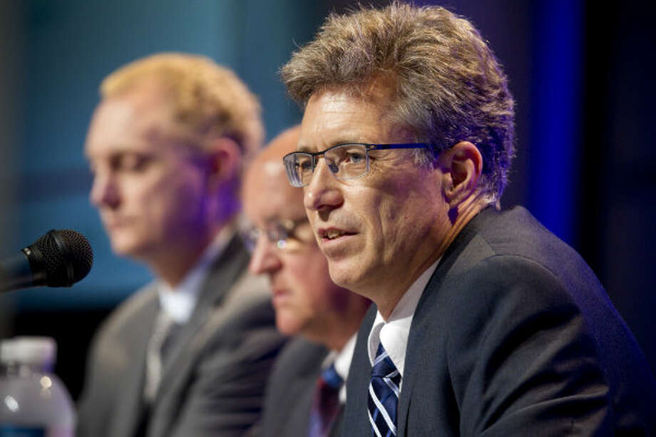 John Heer, CenterPoint Energy, opens the panel discussion on Peak-Shaving, Satellite Operations and Small-Scale LNG, during the 17th International Conference & Exhibition on Liquefied Natural Gas at the George R. Brown Convention Center Thursday, April 18, 2013, in Houston.