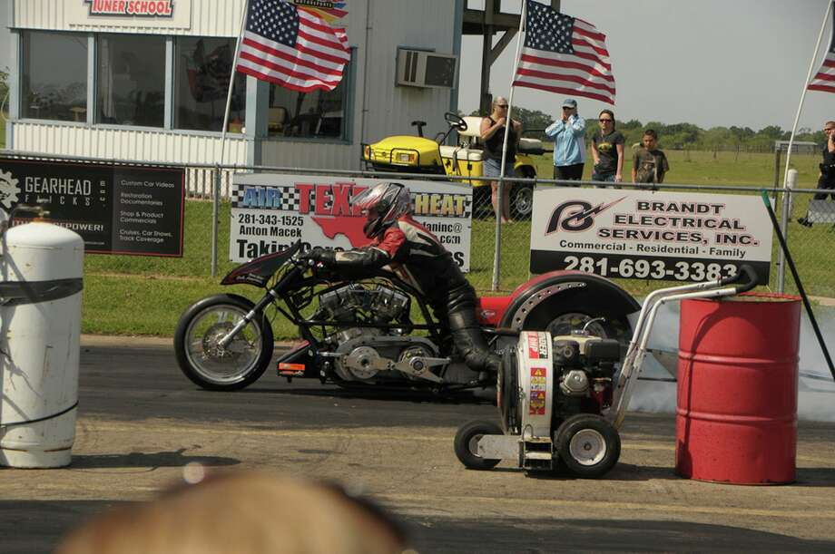"""The third annual """"Meet the Legends"""" Nostalgia Drags and Rod Run at the Lonestar Motorsports Park hosted """"Run What You Brung"""" races. / RA Haas"""