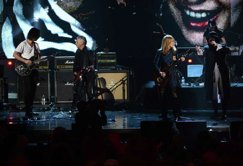 Chris Cornell and Mike McCready of Pearl Jam and inductees Nancy Wilson, Ann Wilson of Heart perform on stage at the 28th Annual Rock and Roll Hall of Fame Induction Ceremony at Nokia Theatre L.A. Live on April 18, 2013 in Los Angeles. Photo: Kevin Winter, Getty Images / 2013 Getty Images