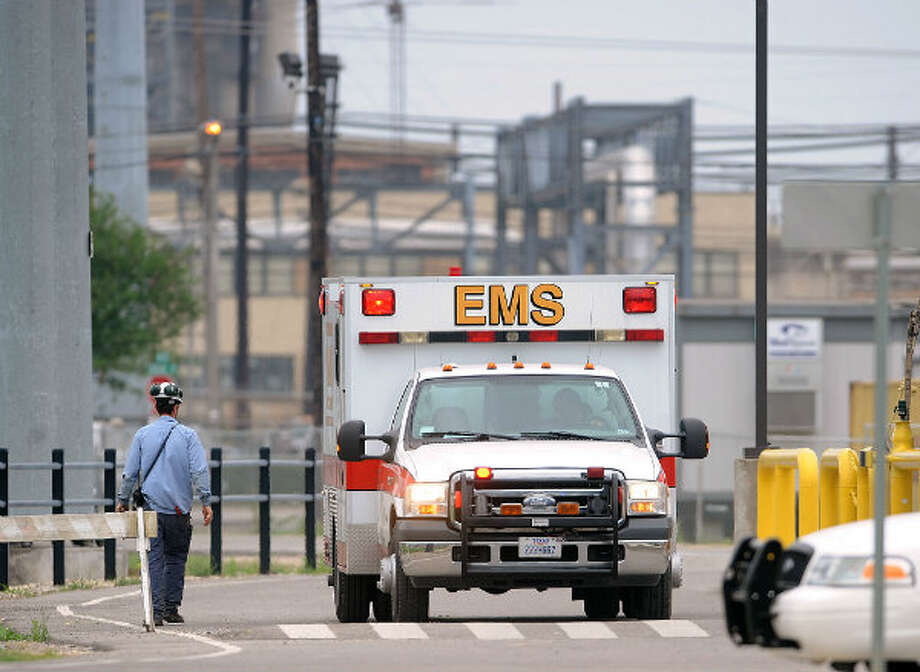 April 17, 2013: Twelve contract workers were hospitalized, four in critical condition, after a fire broke out in a processing unit at Exxon Mobil's Beaumont refinery. Photo: Guiseppe Barranco, The Beaumont Enterprise