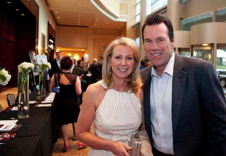 Texans coach Gary Kubiak with his wife Rhonda, at the GR8 event, at the Royal Sonesta Hotel, Houston, Texas on the 18th April 2013. Photo: Spike Johnson, For The Chronicle / Houston Chronicle