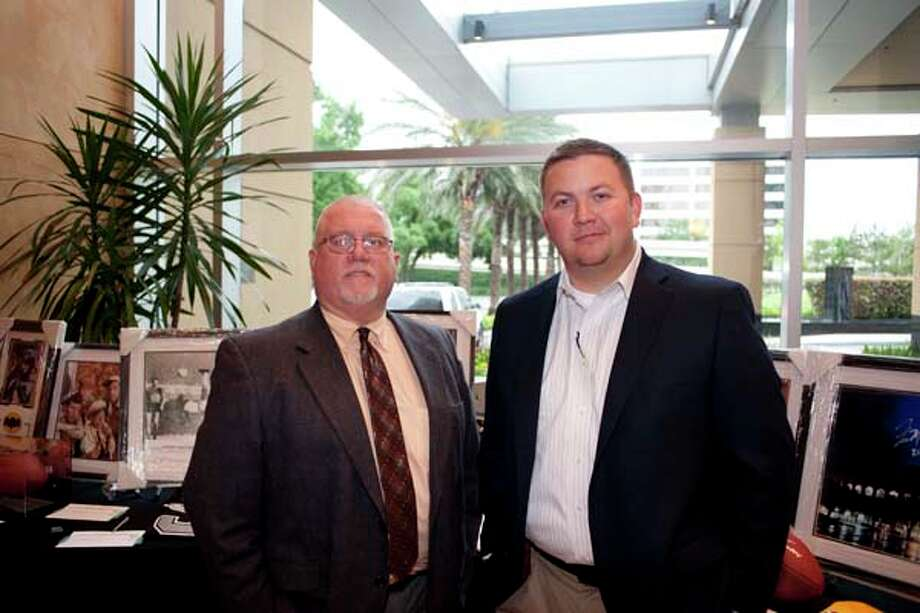 Kevin Weldon and David Stewart (left to right) at the Society GR8 event, at the Royal Sonesta Hotel, Houston, Texas on the 18th April 2013. Photo: Spike Johnson, For The Chronicle / Houston Chronicle