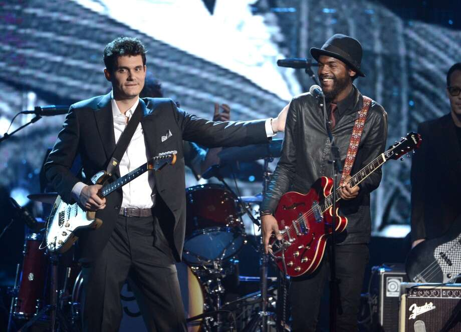 (L-R) Musicians John Mayer and Gary Clark Jr. perform onstage at the 28th Annual Rock and Roll Hall of Fame Induction Ceremony at Nokia Theatre L.A. Live on April 18, 2013 in Los Angeles, California.  (Photo by Kevin Winter/Getty Images)