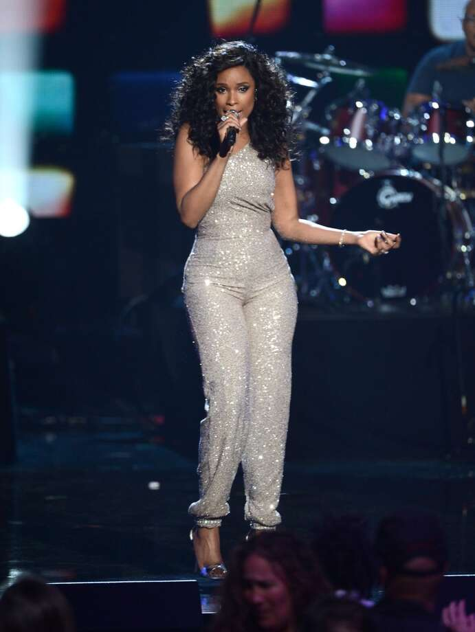 Singer Jennifer Hudson performs onstage at the 28th Annual Rock and Roll Hall of Fame Induction Ceremony at Nokia Theatre L.A. Live on April 18, 2013 in Los Angeles, California.  (Photo by Kevin Winter/Getty Images)