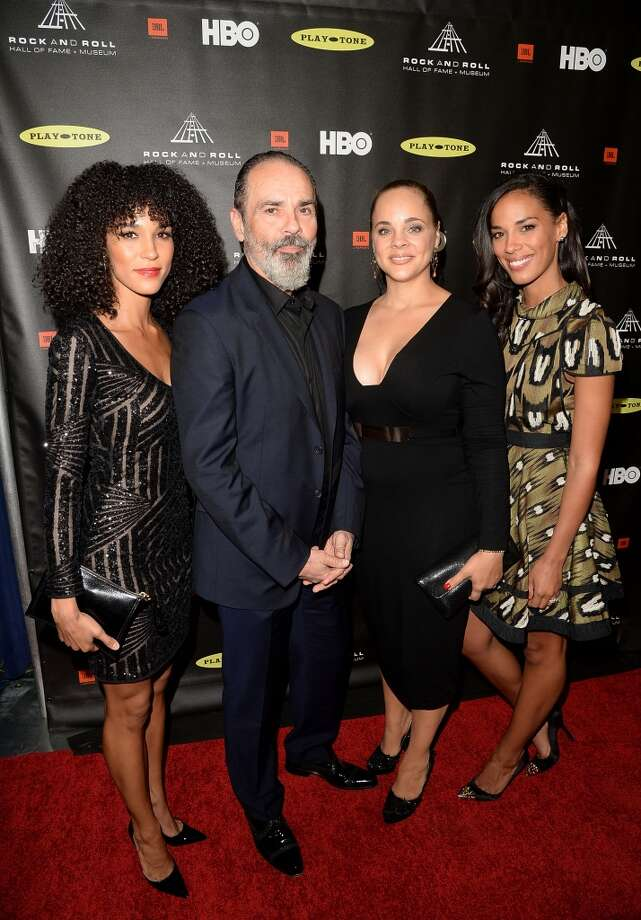 (L-R) Mimi Sommer, Bruce Sudano, Amanda Sudano, and Brooklyn Sudano arrive at the 28th Annual Rock and Roll Hall of Fame Induction Ceremony at Nokia Theatre L.A. Live on April 18, 2013 in Los Angeles, California.