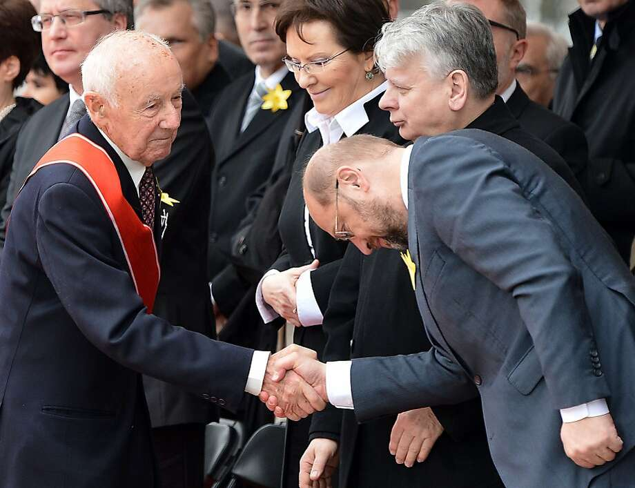 Simha Rotem (left), one of the last living Warsaw Ghetto insurgents, is greeted by Martin Schulz, president of the European Parliament. Photo: Janek Skarzynski, AFP/Getty Images