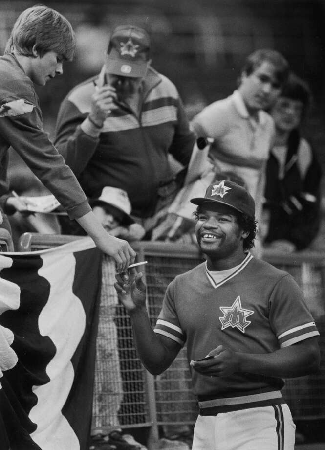 Left field: Dave Henderson (1981-86)  \'\'Hendu\'\' started his prolific, 14-year MLB career with six years in Seattle, hitting .257 during that time and starting mainly in center field. But, of course, someone else would surely be playing center field on the Mariners dream team.