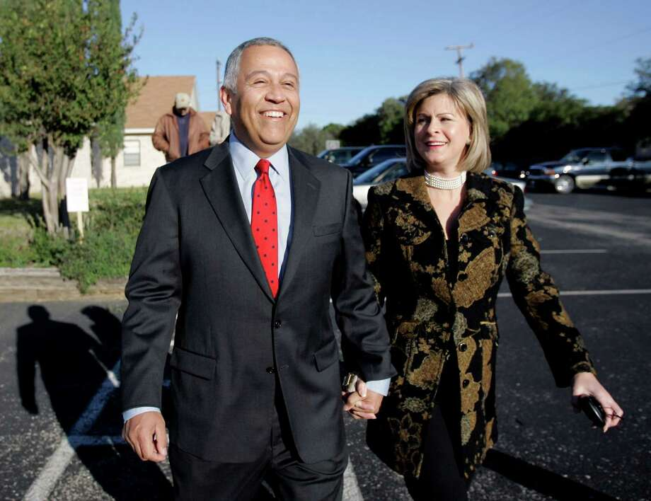 Henry Bonilla: Born in San Antonio, Bonilla served as the U.S. Representative for Texas's 23rd congressional district from 1993 to 2007. Photo: ERIC GAY, AP / AP