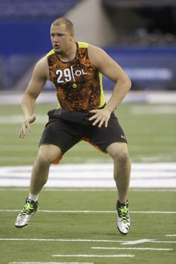 Oklahoma offensive lineman Lane Johnson wowed scouts at the NFL combine with his 4.72-second speed in the 40-yard dash and his 34-inch vertical leap. Photo: Dave Martin / Associated Press