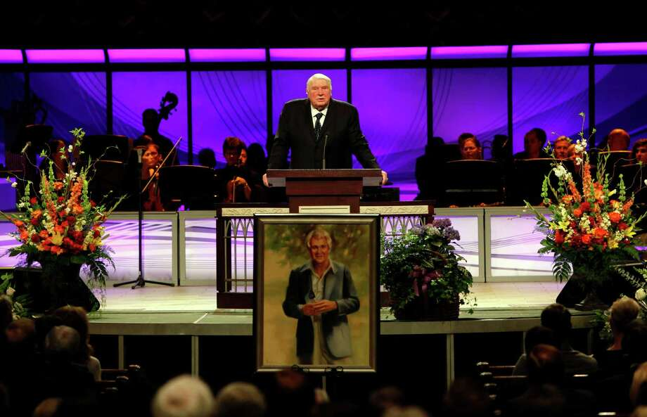 Former NFL football player, head coach and sports commentator John Madden speaks during a memorial service for veteran sportscaster Pat Summerall at Prestonwood Baptist Church in Plano, Texas, Saturday, April 20, 2013. Summerall died Tuesday at age 82 of cardiac arrest at a Dallas hospital. (AP Photo/The Dallas Morning News, Sonya Hebert-Schwartz)  MANDATORY CREDIT; NO SALES; MAGAZINES OUT; TV OUT; INTERNET USE BY AP MEMBERS ONLY Photo: Sonya Hebert-Schwartz