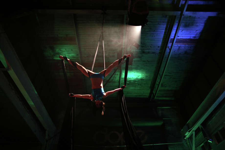 Aerial silk performer Kimberly Badgett performs. Photo: JOSHUA TRUJILLO, SEATTLEPI.COM / SEATTLEPI.COM