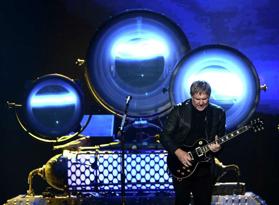 Inductee Alex Lifeson of Rush performs on stage at the 28th Annual Rock and Roll Hall of Fame Induction Ceremony at Nokia Theatre L.A. Live on April 18, 2013 in Los Angeles, California. Photo: Kevin Winter, Getty Images / 2013 Getty Images
