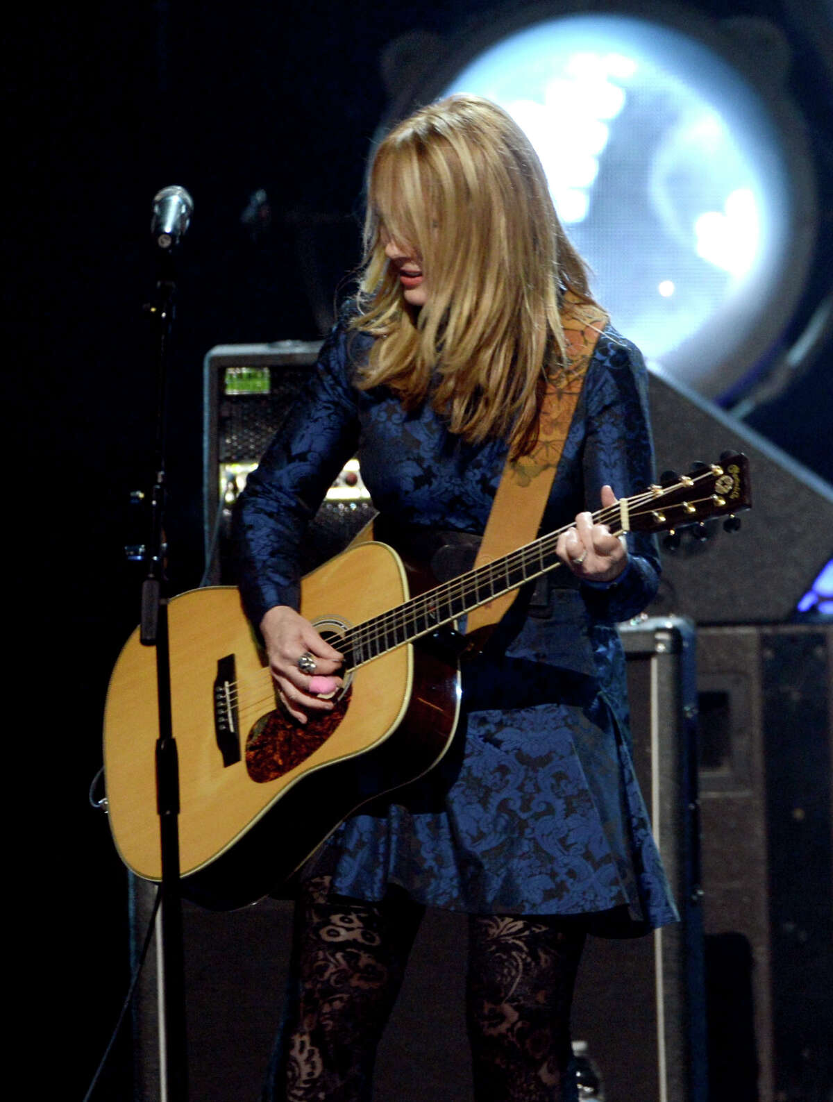 Indcutee Nancy Wilson of Heart performs on stage at the 28th Annual Rock and Roll Hall of Fame Induction Ceremony at Nokia Theatre L.A. Live on April 18, 2013 in Los Angeles, California.